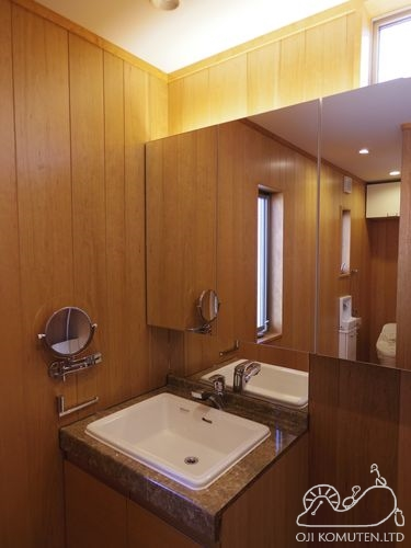 22 洗面 鏡 oji.jpg